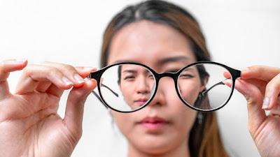 Erek Erek Angka Kacamata 2D 3D 4D di Buku Mimpi dan Kode Alam