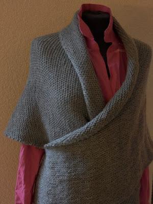 grijsvestje dames, grijze vesten gebreid, handgebreid vestje.