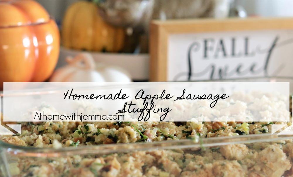 apple-sausage-stuffing-holidays-thanksgiving-recipe