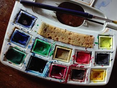 LE TECNICHE PER DIPINGERE AD ACQUARELLO - Blog Artistah24 - colori  ad acquarello in godets con astuccio tavolozza