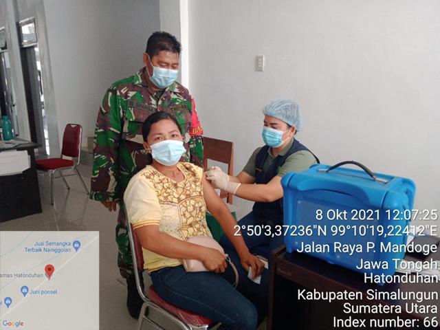 Kegiatan Vaksinasi Dosis Pertama Dan Kedua Didampingi Personel Jajaran Kodim 0207/Simalungun