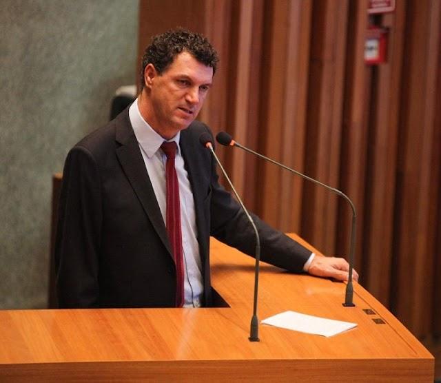Pareceres aprovados pela CAS - PLs do deputado Iolando: PL 1896/2021 que reconhece como relevante interesse cultural, social e econômico do DF o Estádio Chapadinha, situado em Brazlândia