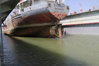 النقل : موانئ العراق تنتهي من تسفين الحفارة بصرة