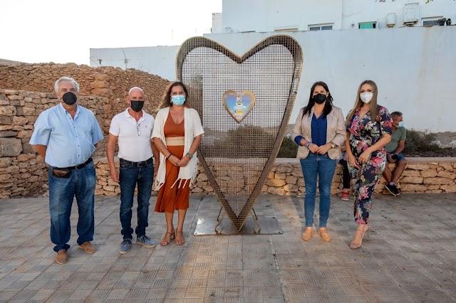 Tuineje refuerza su solidaridad con un nuevo `corazón solidario´ a beneficio de ASOMASAMEN