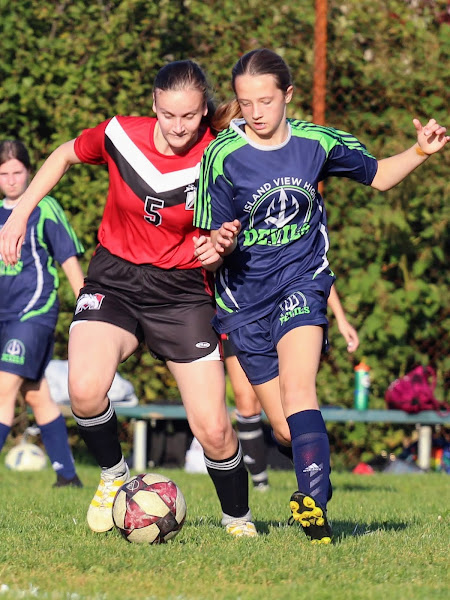 Island View High School Girls Soccer, Youth Sport Photography / Photos, Halifax Nova Scotia, HalifaxSportsPhotos.ca